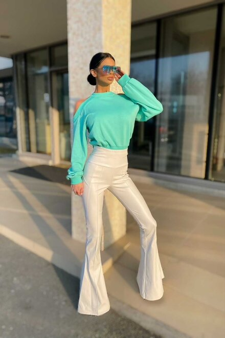 Pantaloni dama evazati Super White din piele ecologica