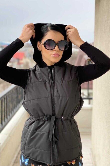 Vesta dama BLACK SPRING GIRL din fas