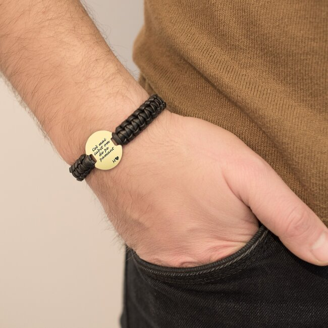 Bratara barbateasca piele impletita manual banut 23 mm personalizat gravura text Argint 925 rodiat (inchizatoare inox clips)
