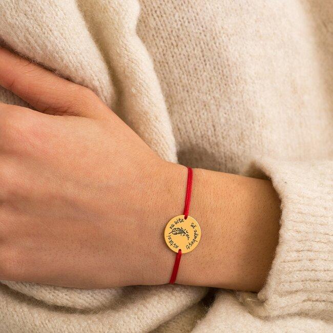 Bratara martisor cu snur rosu si banut din argint placat cu aur galben 24K cu mesaje de primavara (minim 5 buc)