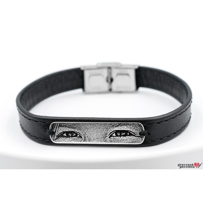 Bratara barbateasca piele lata cusuta placuta 33 mm personalizata gravura privire Argint 925 rodiat (inchizatoare inox)