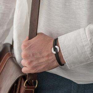 Bratara unisex piele cerc 20 mm personalizat gravura text Argint 925 Premium