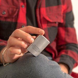 Bricheta Zippo personalizata gravura text argintiu - mat