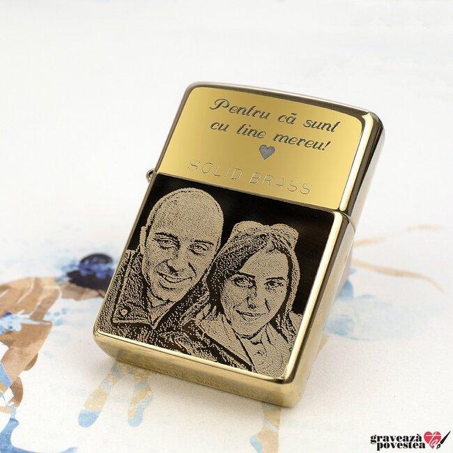 Bricheta Zippo personalizata gravura cu poza auriu - lucios