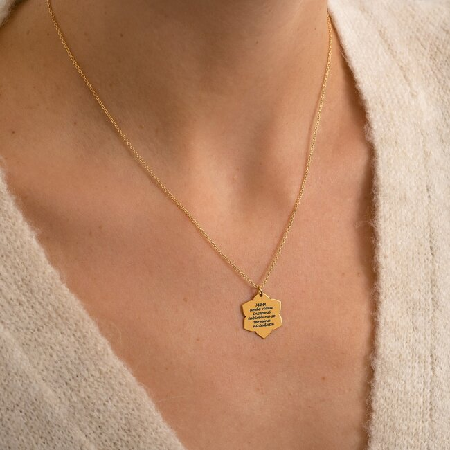 Colier martisor lant lotus argint cu text predefinit pentru mama (20 mm)